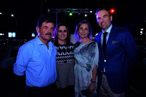 Juan Carlos, Amparín, Tania y Miguel