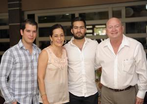 Jorge, Adriana, Fernando y Jorge