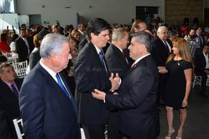 Los exalcaldes, Jorge Zermeño y José Angel Pérez acudieron a la ceremonia.
