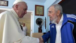 Una imagen invaluable la de la reunión entre el expresidente Fidel Castro y el Papa Francisco.