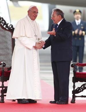 Francisco sostuvo varios encuentros con el presidente Raúl Castro.