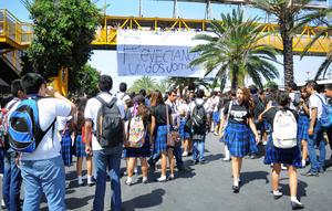 Los estudiantes denuncian irregularidades en el proceso de elección del Consejo Estudiantil.