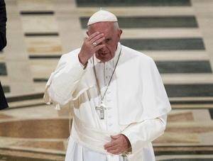 Posteriormente se procedió a la lectura de la biografía de Serra y a continuación se pronunció la Letanía de los Santos, la oración en la que se pide la intercesión de todos los santos.