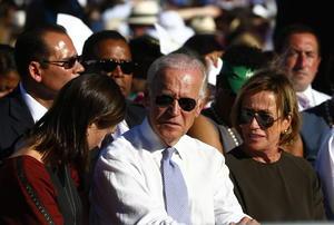 El vicepresidente de los Estados Unidos Joe Biden, se encontraba entre los asistentes a la ceremonia de canonización.