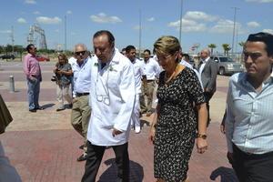 La secretaria de Salud Mercedes Juan López, visitó las instalaciones del nuevo Hospital General de Torreón, para verificar la funcionalidad de todos los servicios de salud.