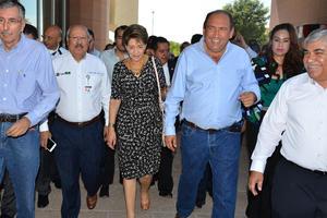 La secretaria de Salud Federal, Mercedes Juan López visitó Torreón para encabezar la reunión.