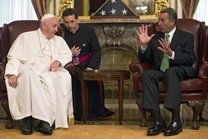 El papa Francisco se reunió con el residente de la Cámara de Representantes, el republicano John Boehner, antes de dar su discurso.