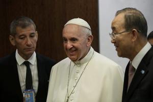 Francisco y Ban sostuvieron una reunión previo al discurso del líder católico.