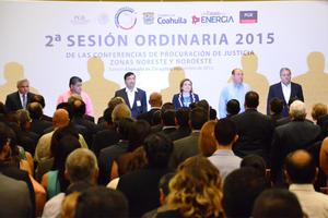 A la reunión asistieron autoridades de diferentes niveles de Gobierno.