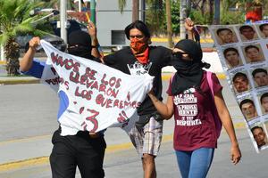 Participaron cerca de 100 personas en la marcha.