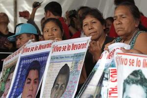 Ciudadanos mexicanos y extranjeros en el mundo también acompañaron las protestas de este sábado 26 de septiembre.