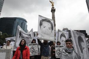 Además de las 43 desapariciones, la noche del 26 de septiembre en Iguala fueron asesinados 3 estudiantes.