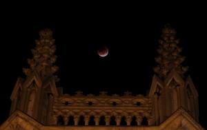 """En Colombia, así se pudo observar la """"luna de sangre""""."""