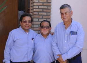 02102015 José Gerardo Chávez, Miguel Ángel Lamas y Francisco Javier Albores.