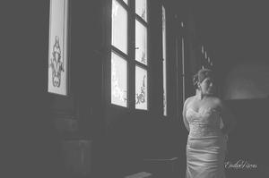 Srita. Daniela Ivone Flores Mata, el día que contrajo nupcias con Héctor Alfonso Márquez Duarte.- Emilio Rivas Fotografía