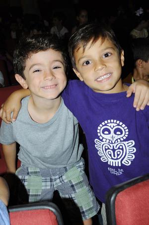 07102015 AMIGOS.  Santiago y Jorge.