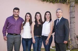 08102015 Daniel, Karla, Irene, Irene y Carlos.
