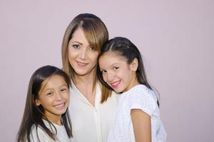 08102015 Mariana, Alicia y Ángela.