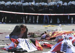 El atentado de Ankara dejó al menos a 86 muertos, aparte de 186 heridos, entre ellos 28 graves.