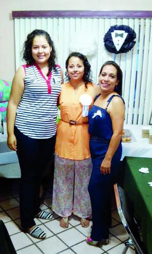 Srita. Margarita Sarai Aguilera Martínez disfrutó de una excelente tarde en compañía de sus invitadas.