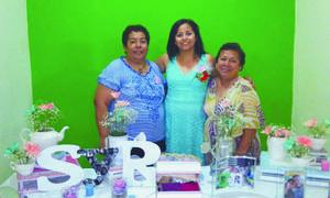 11102015 Srita. Margarita Sarai Aguilera Martínez disfrutó de una excelente tarde en compañía de sus invitadas.
