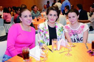 13102015 Patricia, Olivia e Ilse.