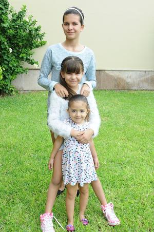14102015 Andrea, Helena y Sara.