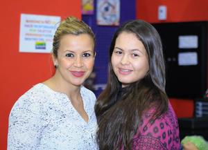 Evelyn y Lupita
