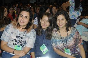 Paulina, Alejandra y Sofía.