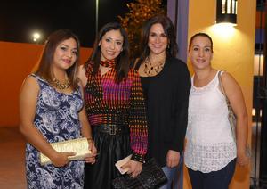 Yusi, Emilia, Fernanda y Claudia