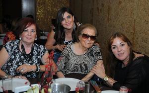 Estela Gutiérrez de Castro, Adriana Castro, Valeria Jardón Castro e Ileana Castro de Garza