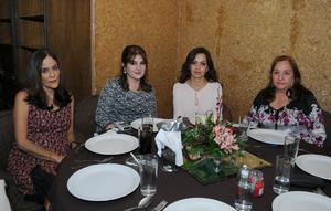 Socorro, Adriana, Nena y Dora