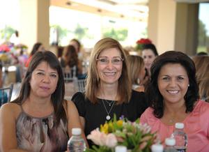 Cecilia, Leny y Magda