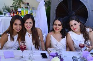 Andy, Ana Cris, Katia y Mae