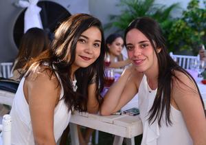 Caro y Andrea