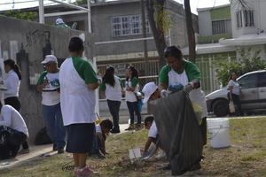 En Ciudad Lerdo se reunieron alrededor de 70 personas para trabajar en los espacios de la calzada Las Cruces.