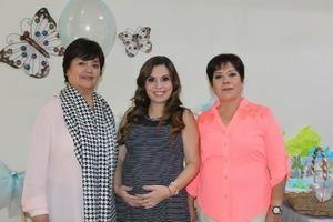 18102015 BABY SHOWER.  Beatriz Alejandra Alarcón en compañía de María Isabel  y Juanita.