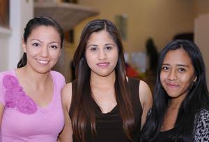 21102015 Angélica, Berenice y Anahí.