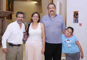 21102015 Ignacio, Natasha, Antonio y Gabriela.