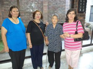21102015 Ruth Medina, Rebeca Mansur, Blanca Domínguez, Marylola Vázquez  y Graciela Meza.