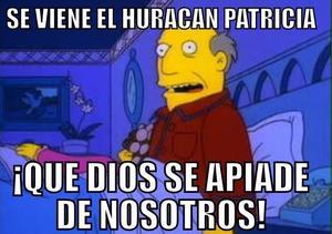 """Ante la llegada del huracán """"Patricia"""" al puerto de Manzanillo, los usuarios de Twitter han creado distintos memes relacionados con el tema."""