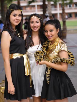 26102015 Andrea, Liliana y Ángela.
