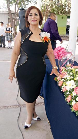 26102015 SE JUBILA.  Maestra Sandra Cordero Ramírez, quien se jubiló a partir del 1 de octubre de 2015.