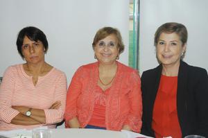 26102015 AMIGAS.  Flora Luz, María Estela y Adriana.