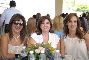 26102015 CONTENTAS.  Norma, Rosa y Ana.