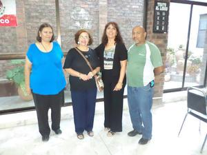 27102015 VELADA LITERARIA.  Esther, Aurora, Blanca y Gerardo.