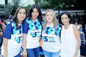 27102015 ENTRE AMIGAS.  Luz María Villarreal, Paty Elizondo, Denise Siller y Cinthia Elizalde.