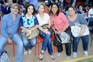 27102015 PARA LA FOTO.  Carlos Tirado, Patricia Paras, Ana Cecilia Ibarra, Elizabeth Ta Boschi y Esther de Martínez.