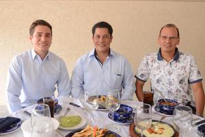 27102015 Juan García, Carlos Sánchez y Fernando Zúñiga.