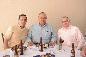 27102015 Daniel Morales, Marco Antonio Rivera y José Daniel Dorado.